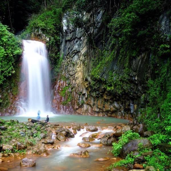 pulangbato waterfall