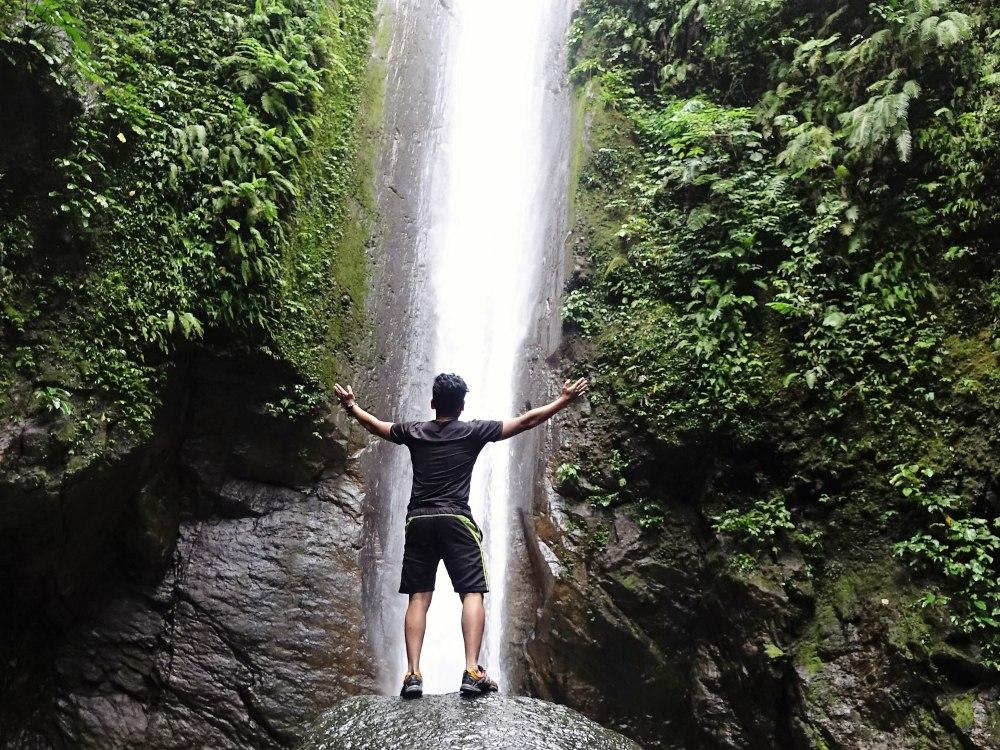 casaroro waterfall in valencia, negros oriental