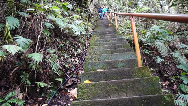 stairs to casaroro waterfall